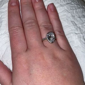 Pandora Radiant Teardrop Ring size 5